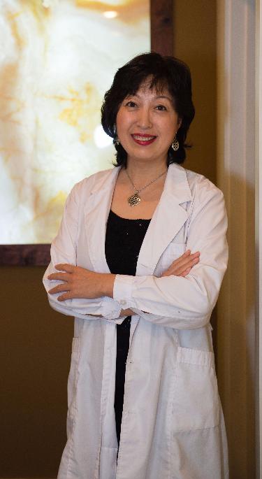 Dr. Bai, Atlanta Acupuncturist at Absolute Holistic Medicine